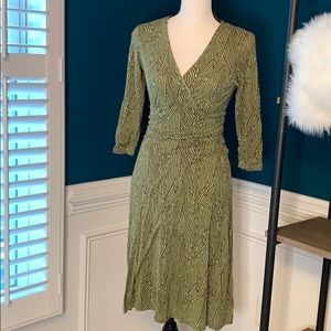 Boden green wrap style dress - Size US6
